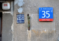 Figure 8.5. House numbers at Wałecznych Street 35 in Warsaw from three different eras