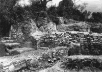 6 Photograph of the remains of the medieval structure in Area 53 (source: Archive SAL, E 661, 1911-14).
