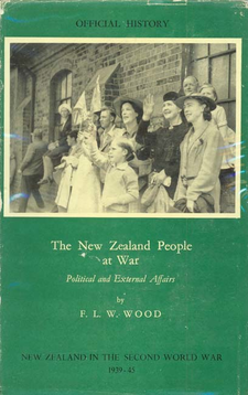 Cover image for The New Zealand people at war: political and external affairs