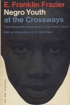 Cover image for Negro youth at the crossways: their personality development in the Middle States